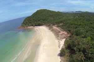Thung-Wua-Laen-Beach-Chumphon-Thailand-003.jpg