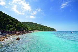 Tien-Beach-Chonburi-Thailand-03.jpg