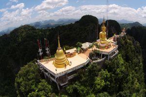 Tiger-Cave-Temple-Krabi-Thailand-001.jpg