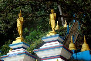 Tiger-Cave-Temple-Krabi-Thailand-003.jpg