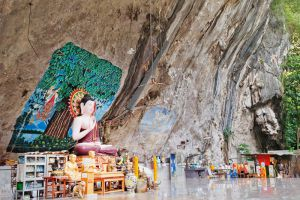 Tiger-Cave-Temple-Krabi-Thailand-004.jpg