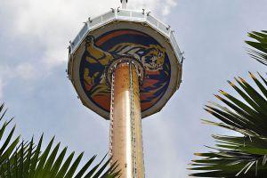 Tiger-Sky-Tower-Singapore-002.jpg