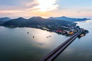 Tinsulanonda-Bridge-Songkhla-Thailand-05.jpg