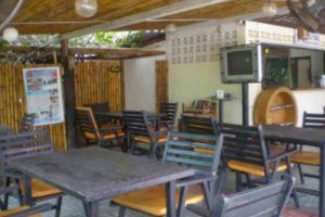 Tip-Anda-Bungalows-Krabi-Thailand-Restaurant.jpg