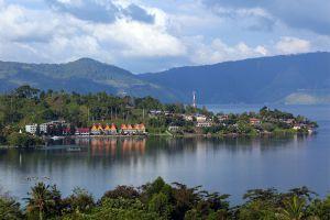 Toba-Lake-North-Sumatra-Indonesia-002.jpg