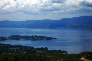 Toba-Lake-North-Sumatra-Indonesia-003.jpg