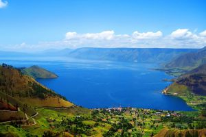 Toba-Lake-North-Sumatra-Indonesia-007.jpg