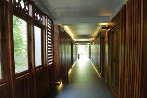 Tohsang-City-Hotel-Ubon-Ratchathani-Thailand-Corridor.jpg