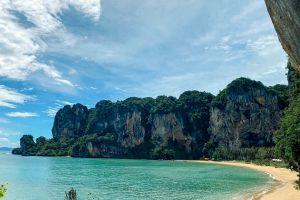 Tonsai-Beach-Krabi-Thailand-01.jpg