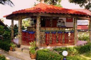 Top-Resort-Koh-Chang-Thailand-Bar.jpg