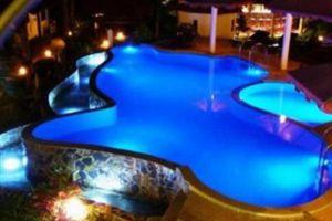 Top-Resort-Koh-Chang-Thailand-Pool.jpg