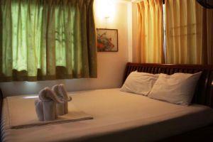 Top-Resort-Koh-Chang-Thailand-Room.jpg