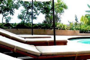 Topland-Hotel-Convention-Centre-Phitsanulok-Thailand-Pool.jpg