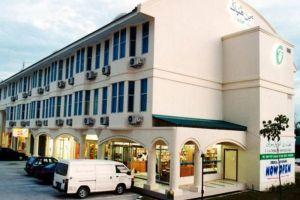 Traders-Inn-Bandar-Seri-Begawan-Brunei-Building.jpg