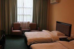 Traders-Inn-Bandar-Seri-Begawan-Brunei-Room.jpg