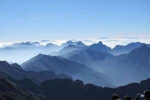 Trails-of-Mountain-Travel-Sapa-Vietnam-001.jpg