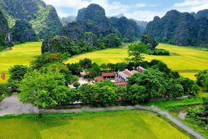 Trang-An-Landscape-Complex-Ninh-Binh-Vietnam-001.jpg