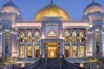Trans-Luxury-Hotel-Bandung-Indonesia-Entrance.jpg