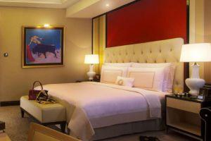 Trans-Luxury-Hotel-Bandung-Indonesia-Room.jpg