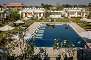 Tresor-d'-Angkor-Villa-Resort-Siem-Reap-Cambodia-Pool.jpg