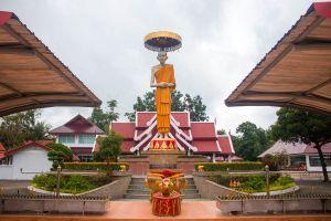 Trinity-Cemetery-Susan-Trilak-Lampang-Thailand-02.jpg