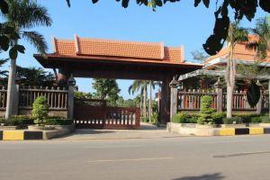 Try-Palace-Resort-Spa-Kep-Cambodia-Entrance.jpg