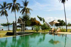Tugu-Hotel-Lombok-Indonesia-Pool.jpg