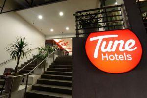 Tune-Hotel-Waterfront-Kuching-Sarawak-Front-Door.jpg