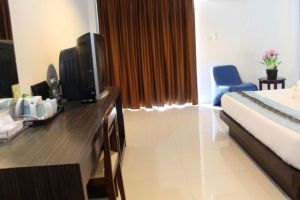 Twin-Hotel-Phuket-Thailand-Room-Amenity.jpg