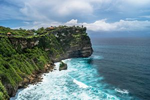 Uluwatu-Temple-Bali-Indonesia-001.jpg