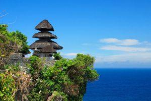 Uluwatu-Temple-Bali-Indonesia-003.jpg