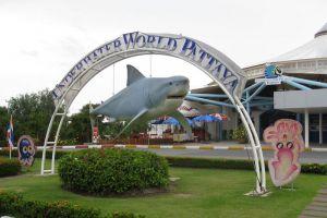 Underwater-World-Pattaya-Chonburi-Thailand-002.jpg