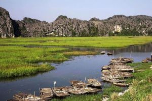 Van-Long-Natural-Reserve-Ninh-Binh-Vietnam-005.jpg