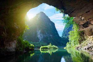 Van-Long-Natural-Reserve-Ninh-Binh-Vietnam-007.jpg