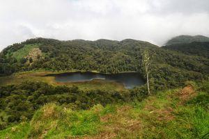Venado-Lake-North-Cotabato-Philippines-004.jpg