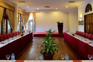Victoria-Resort-Can-Tho-Vietnam-Meeting-Room.jpg