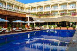 Victoria-Resort-Can-Tho-Vietnam-Pool.jpg