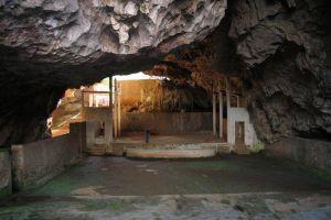 Viengxay-Caves-Houaphanh-Laos-002.jpg