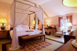 Villa-Maly-Luang-Prabang-Laos-Deluxe-Room.jpg