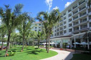 Vinpearl-Resort-Phu-Quoc-Island-Vietnam-Exterior.jpg