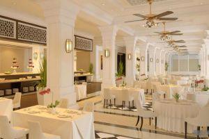 Vinpearl-Resort-Phu-Quoc-Island-Vietnam-Restaurant.jpg