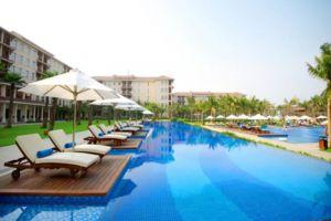 Vinpearl-Resort-Villas-Danang-Vietnam-Pool.jpg