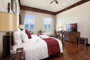 Vinpearl-Resort-Villas-Danang-Vietnam-Room.jpg