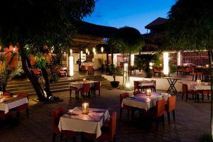 Viroth's-Restaurant-Siem-Reap-Cambodia-Garden.jpg