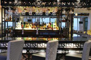 Vivere-Hotel-Manila-Philippines-Bar.jpg