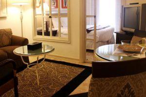 Vivere-Hotel-Manila-Philippines-Room.jpg