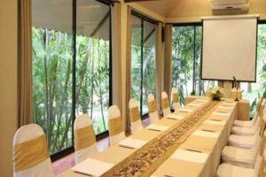 Wanathara-Health-Resort-Spa-Phitsanulok-Thailand-Meeting-Room.jpg