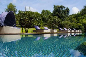Wanathara-Health-Resort-Spa-Phitsanulok-Thailand-Pool.jpg