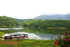 Wang-Bon-Reservoir-Nakhon-Nayok-Thailand-03.jpg