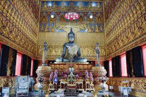 Wat-Baan-Ngao-Ranong-Thailand-03.jpg